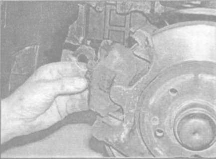 Как заменить тормозные колодки на мерседес